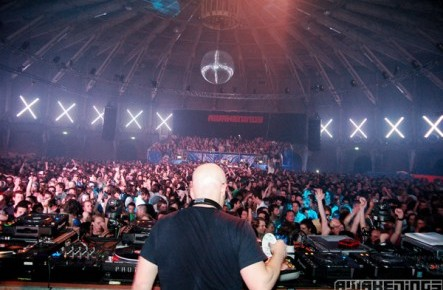 UMS 92 - THE LOOP with Stephan Bodzin, Meandisco, & Giovani